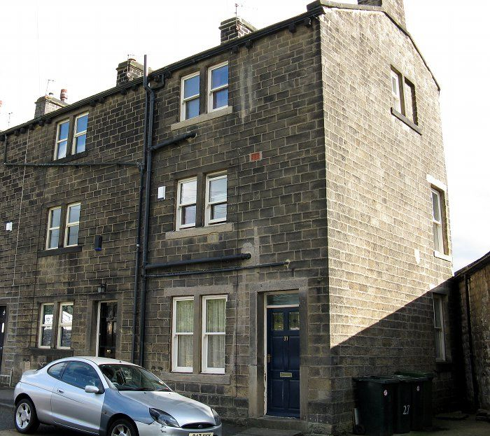 In Idle West Yorkshire: 25-31, Thackley Road Bd10, Idle And Thackley, Bradford