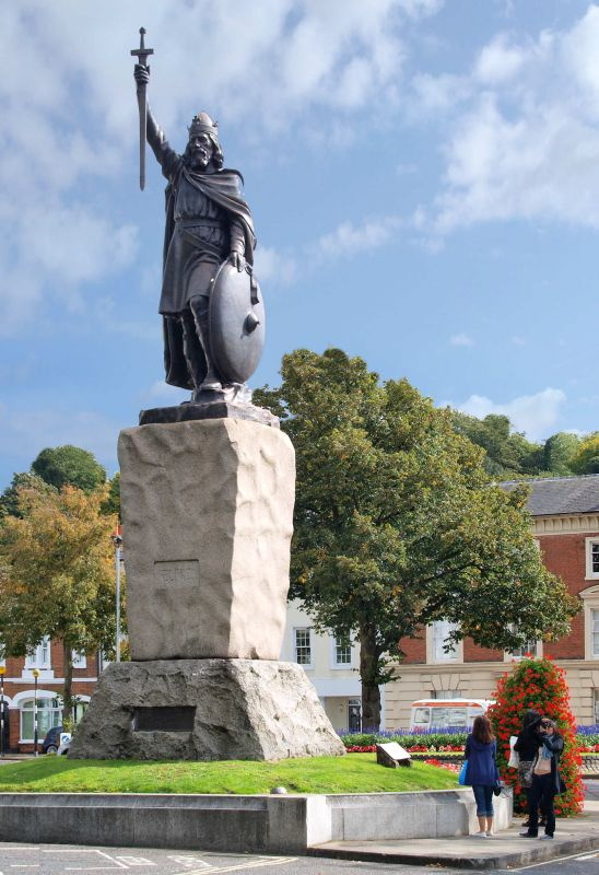 Statue of Alfred the Great, Winchester, Hampshire