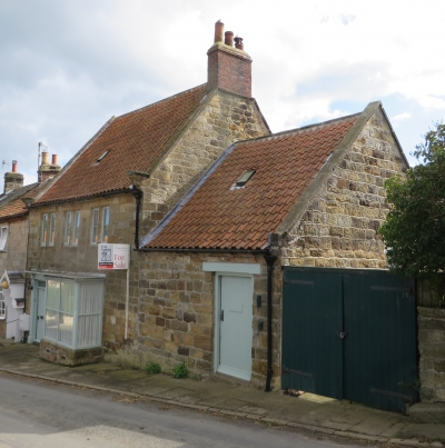 Rosslyn House The Little Shop Robin Hood 39 S Bay North