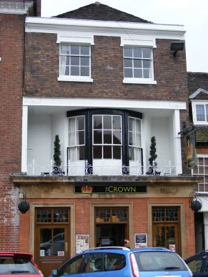 Number 16 and the crown and raven public house bridgnorth for Number 16 house