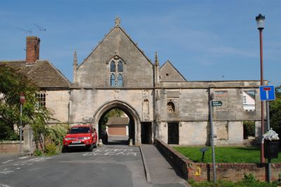 Abbey gatehouse and adjoining wall to east kingswood for Adjoining wall