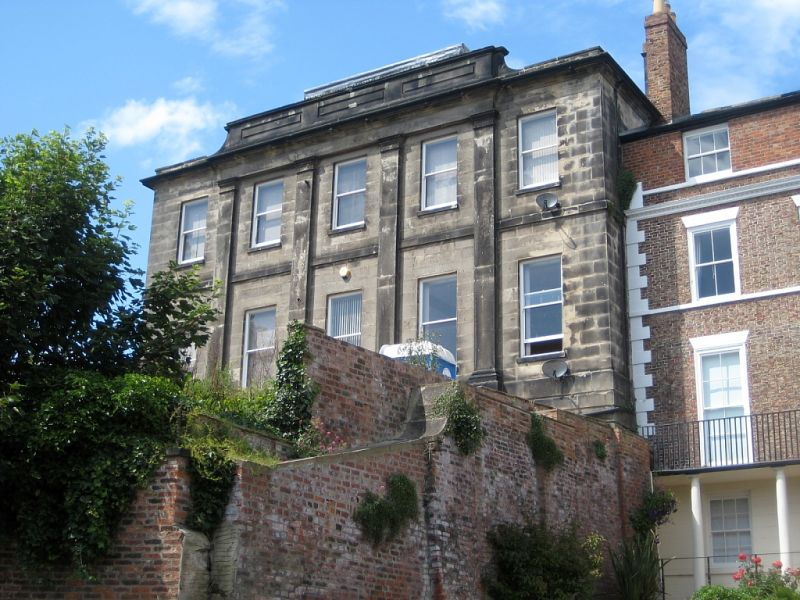 Yorkshire Terrace: 21, St Hildas Terrace, Whitby, North Yorkshire